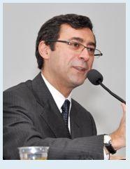 Prof. Dr. Renato Lopes Becho